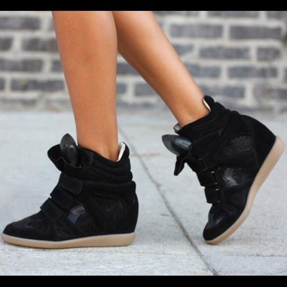 Steve Madden All Black Hilight Sneaker